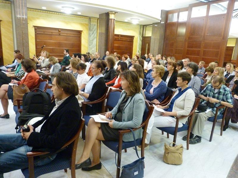 """Beszámoló """"A megújuló Országos Bírósági Könyvtári Rendszer..."""" konferenciáról"""