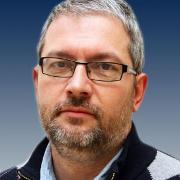 Dr. Lukács András (PhD, egyetemi docens, igazgatóhelyettes, PTE Általános Orvostudományi Kar, Biofizikai Intézet)